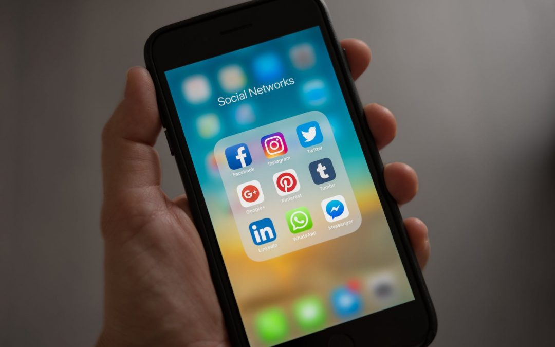 How Social Media Affects Your Spending